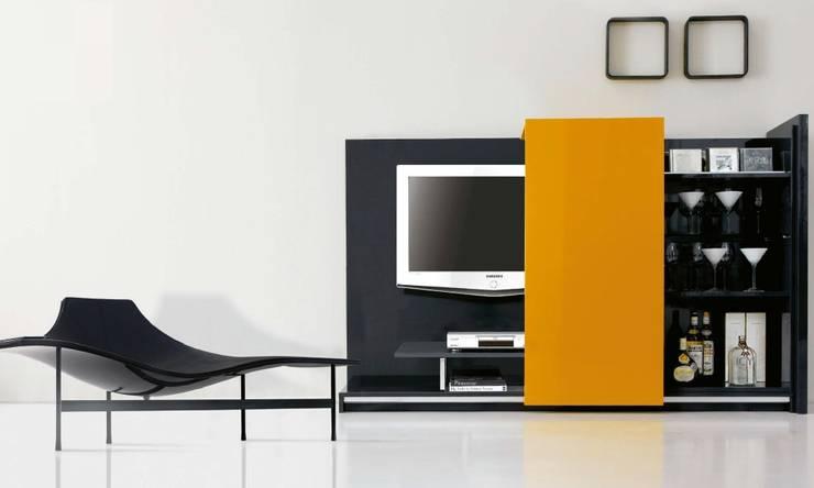 Composición de televisión VIII de MUMARQ ARQUITECTURA E INTERIORISMO Moderno