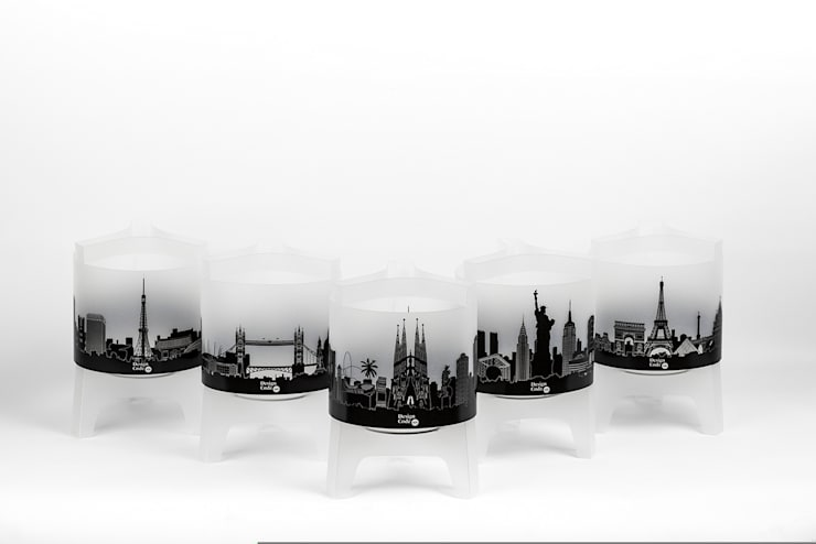 City Lamps: Salones de estilo  de DesignCode