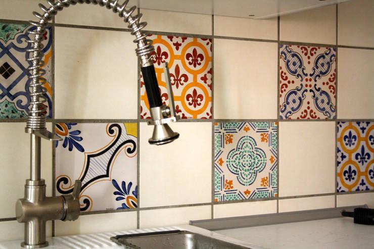 Walls & flooring by ALESSANDRA ALFIERI ARCHITETTO
