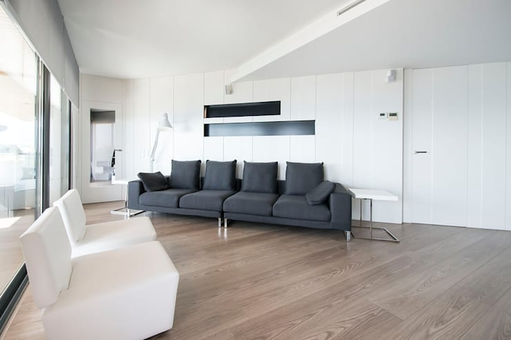 غرفة المعيشة تنفيذ Blank Interiors