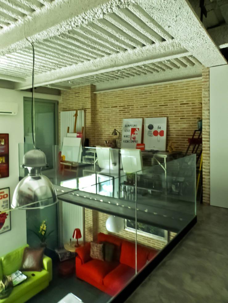 Flur & Diele von Pablo Echávarri Arquitectura,