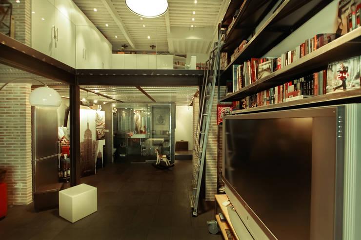 Wohnzimmer von Pablo Echávarri Arquitectura,