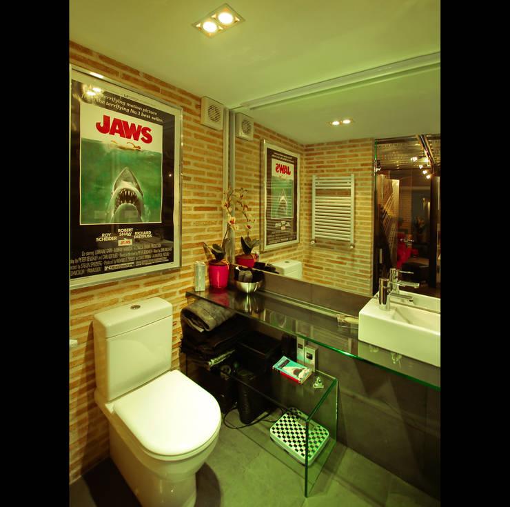 Badezimmer von Pablo Echávarri Arquitectura,