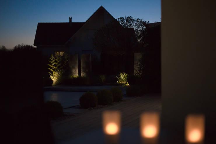 Jardin de nuit: Jardin de style  par Art Bor Concept