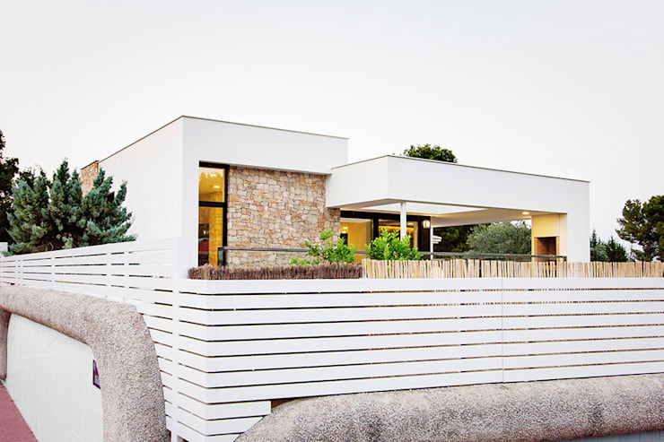 Houses by Chiralt Arquitectos