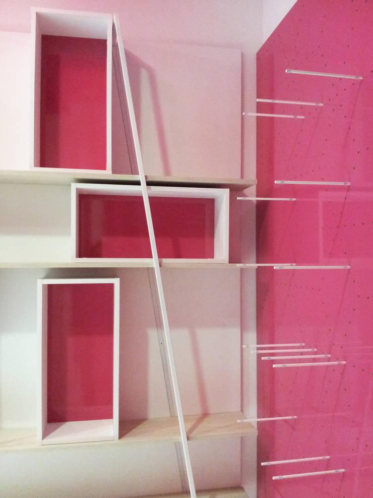Interior: Oficinas y Tiendas de estilo  de AG INTERIORISMO