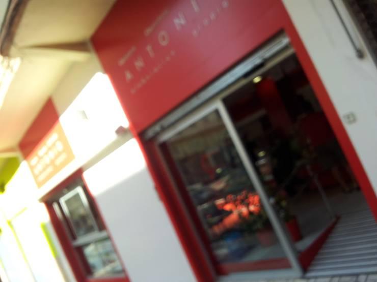 Oficinas y Tiendas de estilo  por AG INTERIORISMO, Moderno