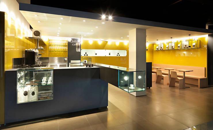 Oficinas y locales comerciales de estilo  por waltritsch a+u