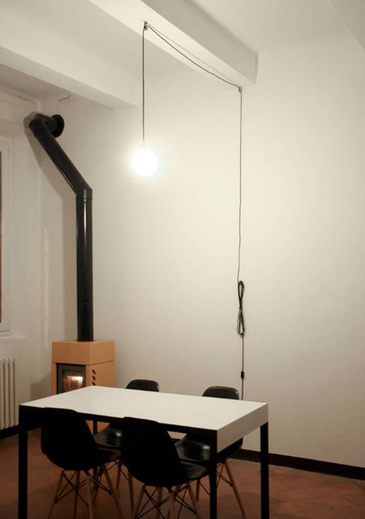 OTTO: Soggiorno in stile in stile Moderno di dare-architettura