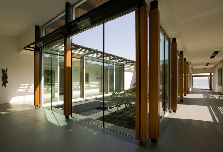 Casas  por Andrea Ponsi architetto