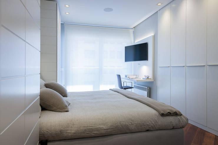 Projekty,  Sypialnia zaprojektowane przez URBANA 15