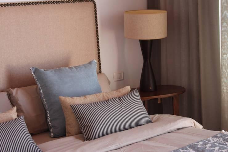 Salas de estilo  por Tatiana Doria,   Diseño de interiores