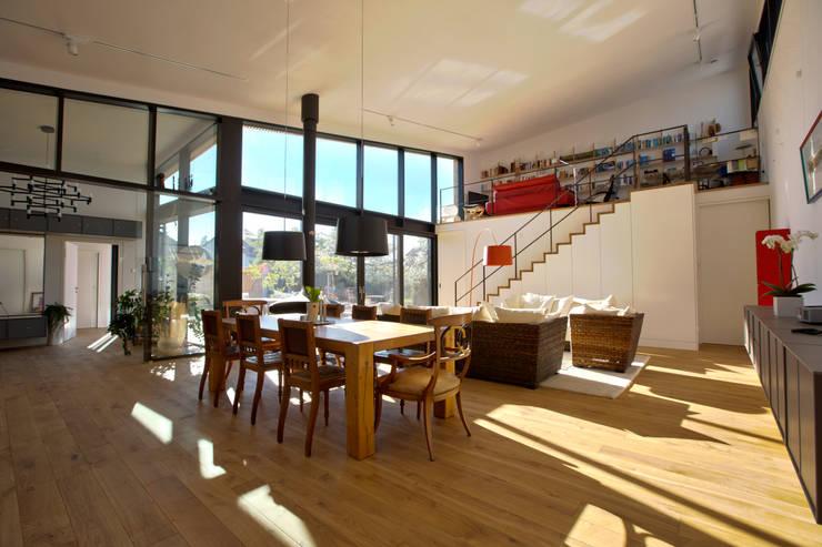 1-Einfamilienhaus:  Esszimmer von vollmilch. Das Architekturbüro.