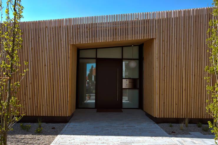 Casas de estilo  por vollmilch. Das Architekturbüro., Mediterráneo
