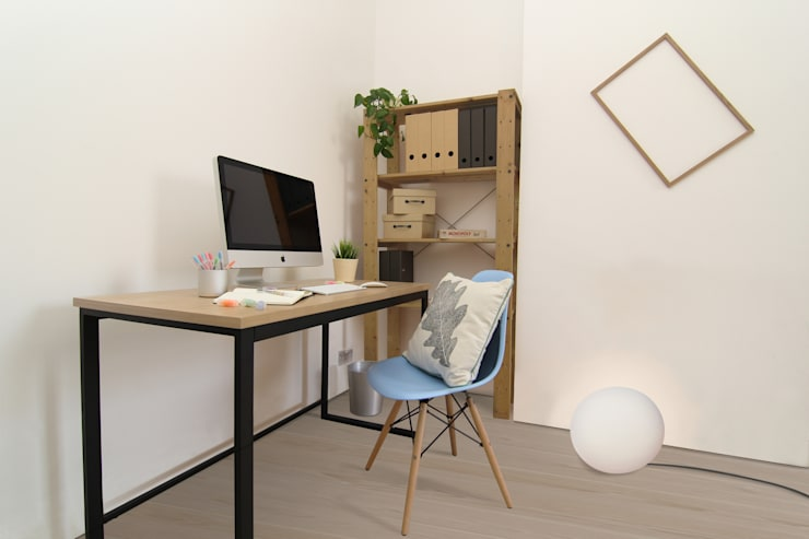 Clapham Common Flat 1:  Bedroom by YAM Studios