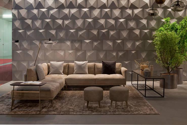 Industrial design - Doimo sofas - Stile libero: Pareti & Pavimenti in stile in stile Moderno di IMAGO DESIGN