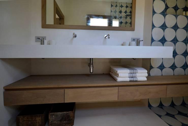 Concrete LCDAが手掛けた洗面所&風呂&トイレ