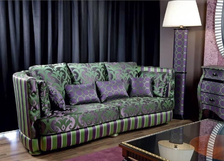 Sofá: Salones de estilo  de MUMARQ ARQUITECTURA E INTERIORISMO