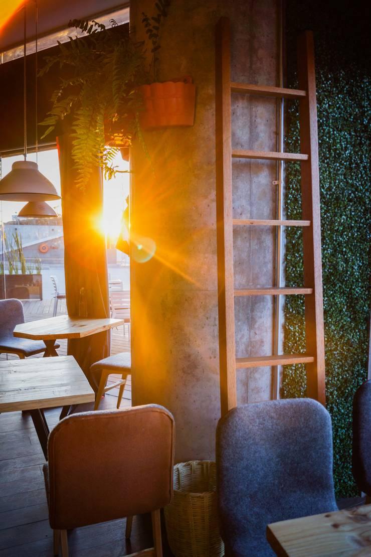 Restaurante Local de amiko espacios Ecléctico