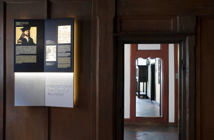 Media room by Marius Schreyer Design