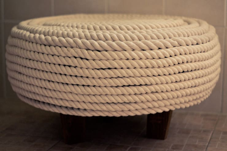 Taburete de llanta: Hogar de estilo  por amiko espacios