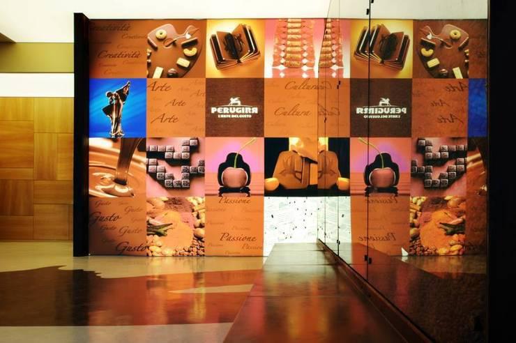 Museo Storico - Scuola del Cioccolato Perugina: Musei in stile  di Carmela Fasano Photographer