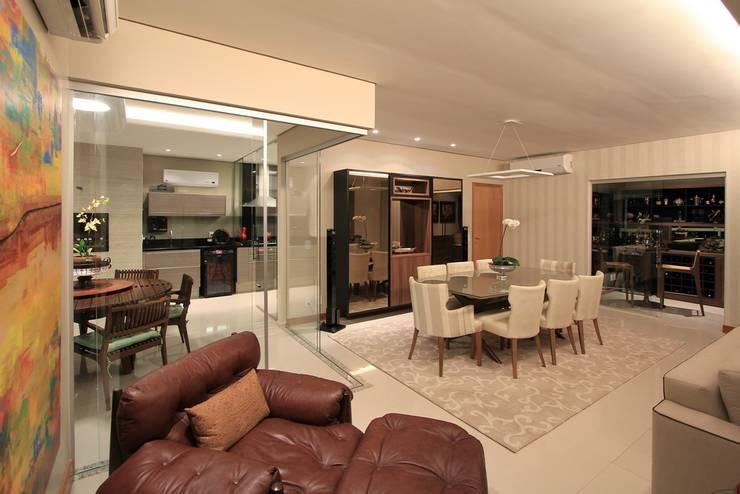Sala de jantar: Sala de jantar  por CASA Arquitetura e design de interiores,