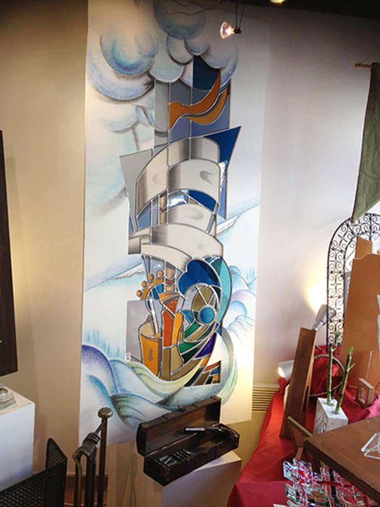 La Vague:  de style  par atelier 1..2..3 vitrail
