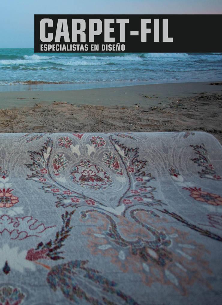 Alfombras Dekor: Paredes y suelos de estilo moderno de Carpetfil Alfombras, s.l.