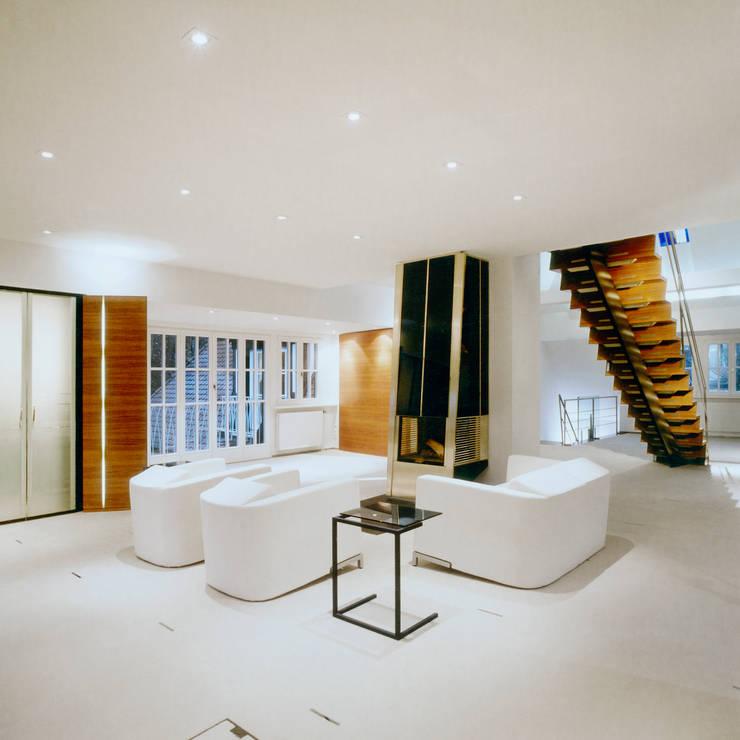 Living room by Marius Schreyer Design