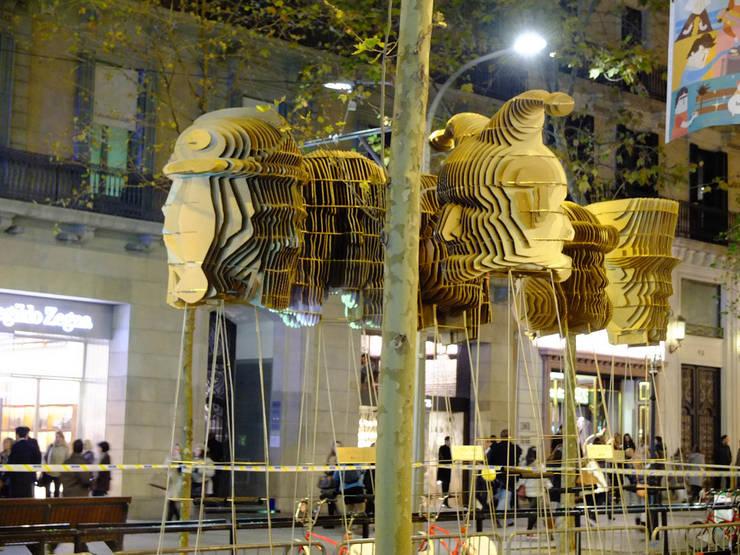 BARCELONA SHOPPING NIGHT: Ferias de estilo  de EXTERNAL REFERENCE ARCHITECTS