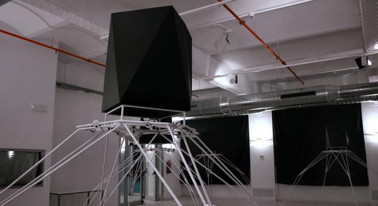 Centros de exhibiciones de estilo  por EXTERNAL REFERENCE ARCHITECTS