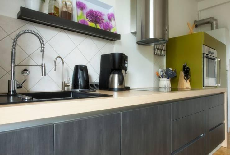 Moderne Küche im Altbau :  Küche von tRÄUME - Ideen Raum geben,Modern
