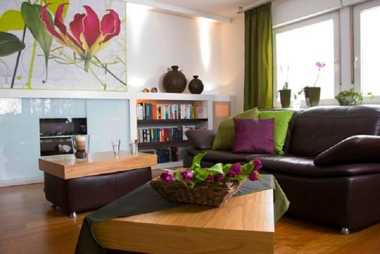 Salas de estilo  por tRÄUME - Ideen Raum geben