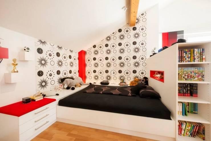 Nursery/kid's room by tRÄUME - Ideen Raum geben