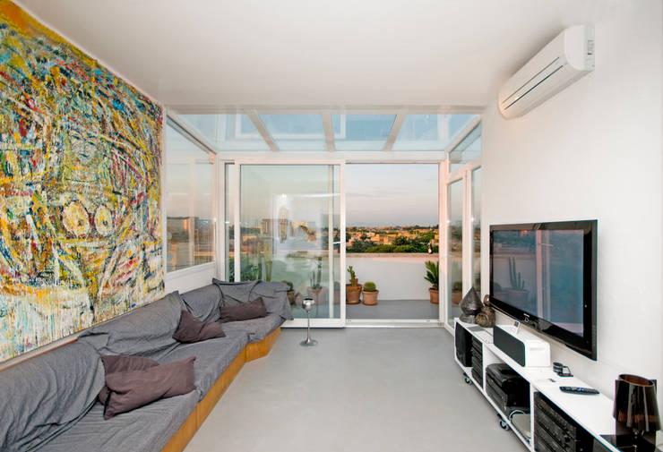 Projekty,  Salon zaprojektowane przez Fabiola Ferrarello architetto