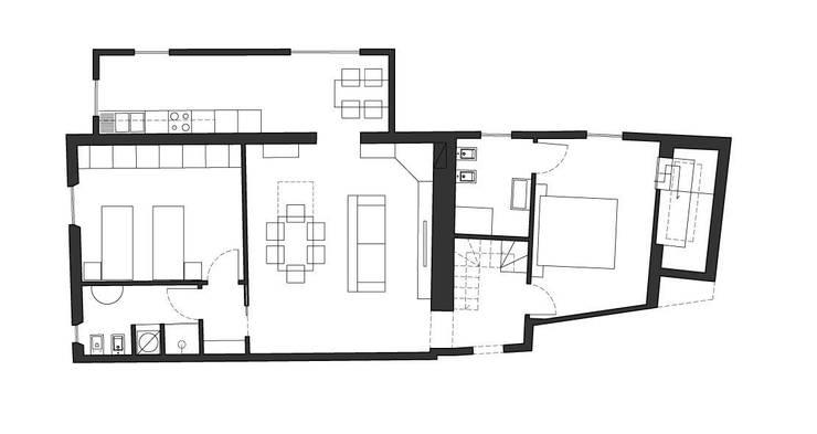 Recupero di un palazzetto terra cielo: Case in stile  di CAFElab studio