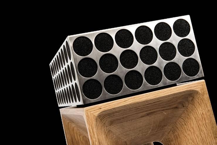 pandoretta° von Poet Audio: moderne Badezimmer von POET AUDIO GMBH