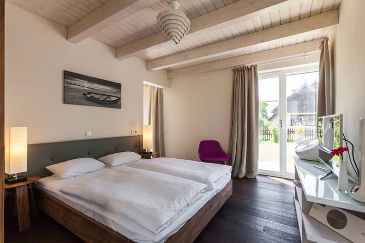 Haus Seefeuer - Wohnung 3:   von Green Living