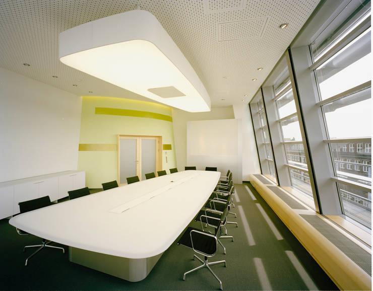 Conference Centres by Tischlerei & Objektdesign Friedrich Gilhaus GmbH
