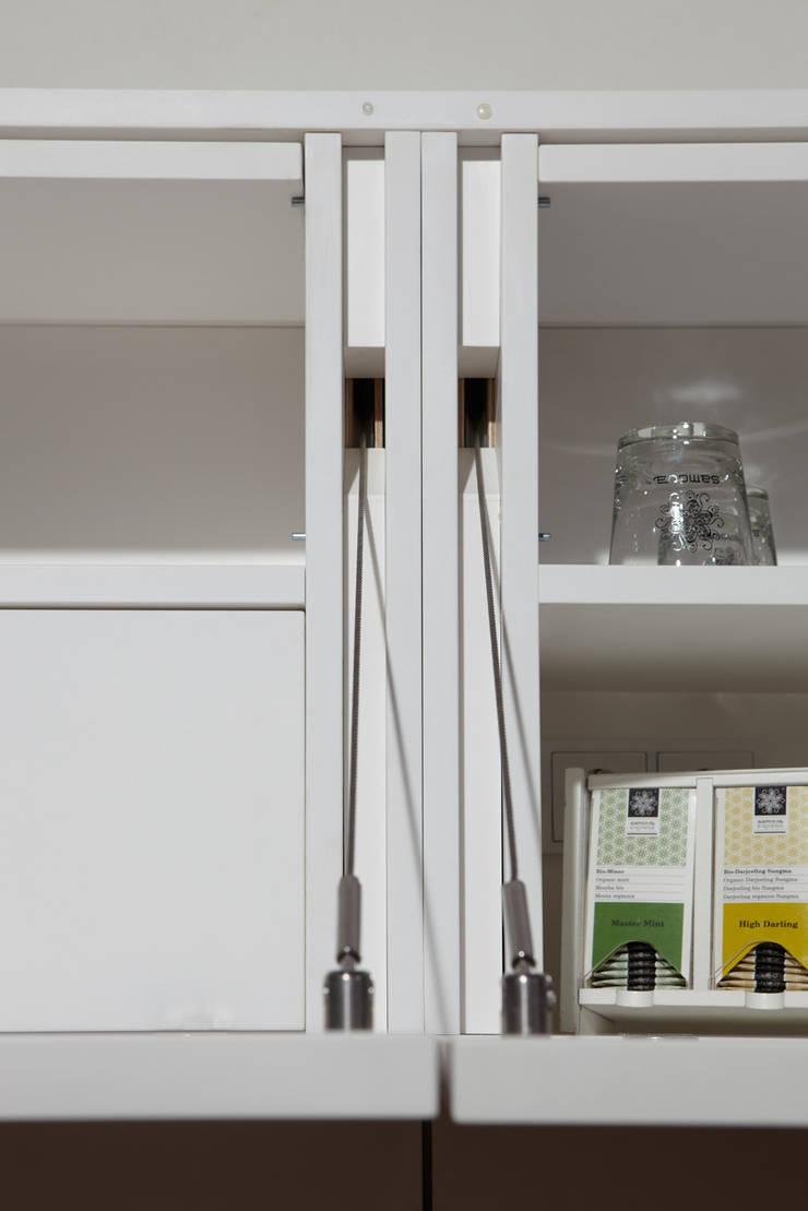 Bars & clubs by Tischlerei & Objektdesign Friedrich Gilhaus GmbH