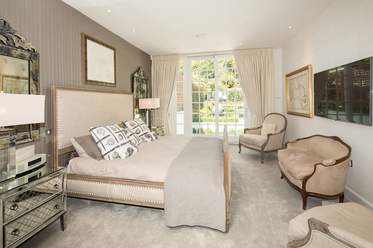 Templewood Avenue, NW3: modern Bedroom by XUL Architecture