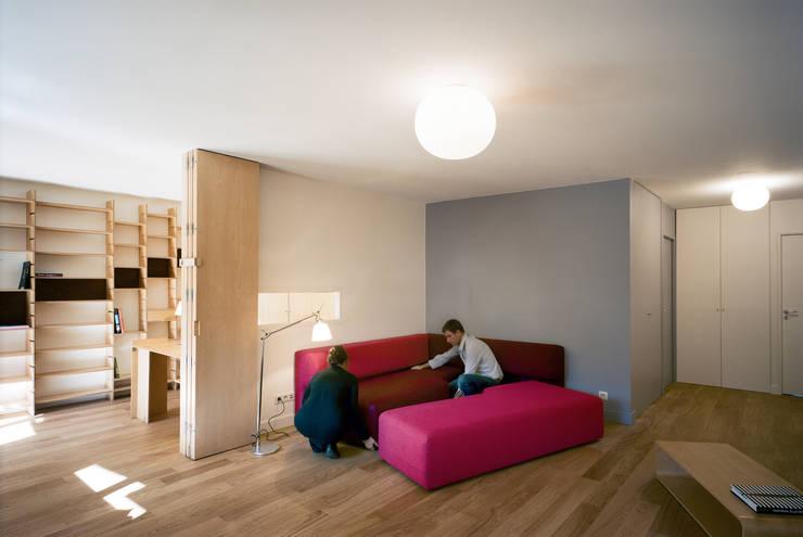aménagement les Lilas: Salle à manger de style  par LDRP architecture et design