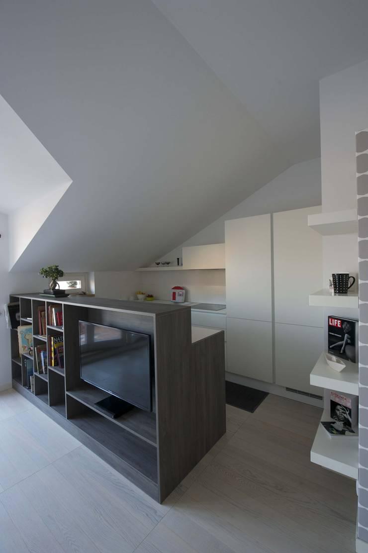 nordica: Cucina in stile  di bloom graficamentearchitettato