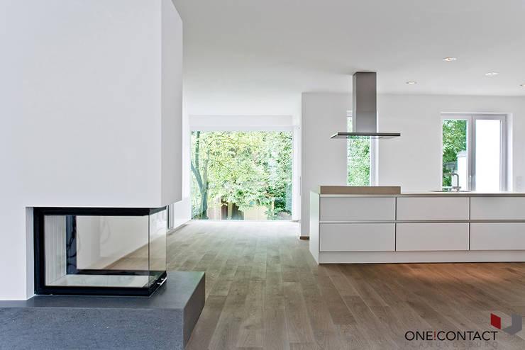 ALTER CHARME NEU BELEBT:  Küche von ONE!CONTACT - Planungsbüro GmbH,Modern