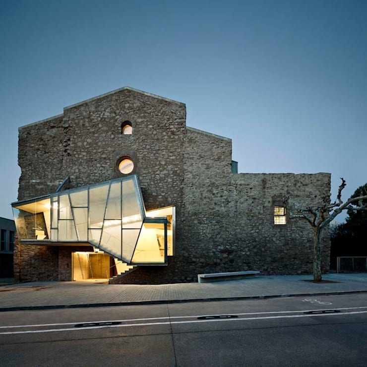 Museums by Dc arquitects