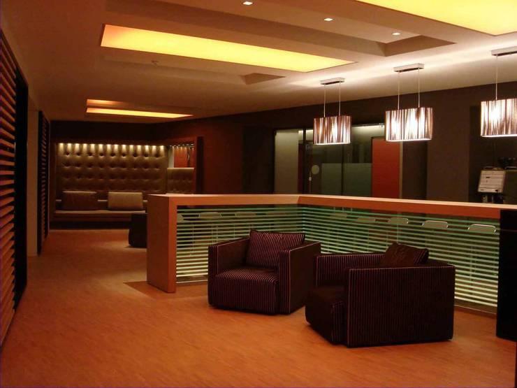 Office Lounge:   von list lichtdesign - Lichtforum e.V.