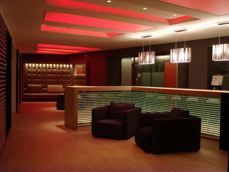 Office Lounge:   von list lichtdesign - Lichtforum e.V.,