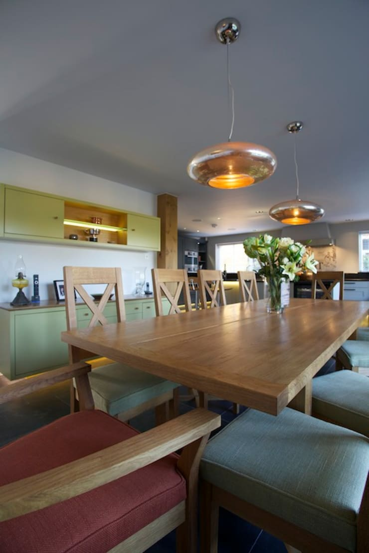 Private home, West Surrey:  Dining room by SlightlyQuirky ltd