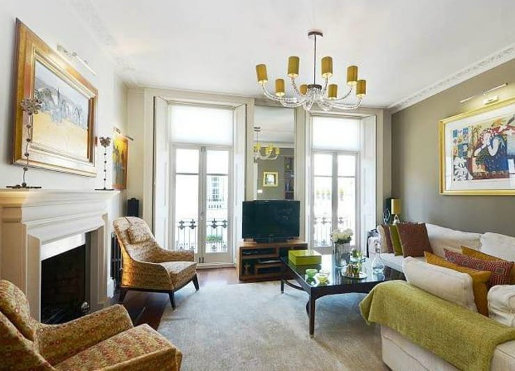 Interior design and sourcing, Knightsbridge, London: classic Living room by SlightlyQuirky ltd